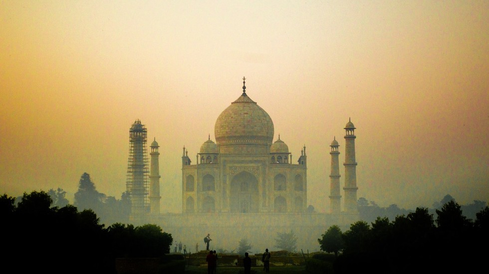 Five incredible facts about India's fast-growing economy
