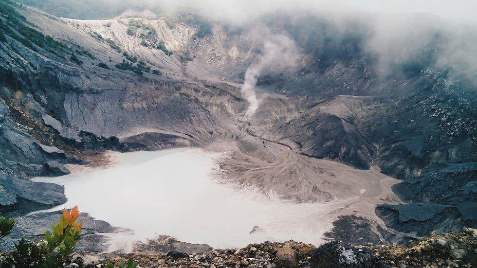 Dramatic VIDEOS show volcano violently erupting in Indonesia's Java as tourists FLEE