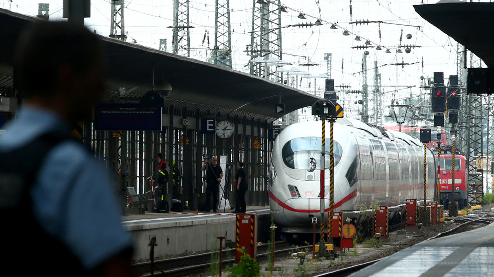 Foreigner pushes 8yo boy in front of train in Germany, reigniting migration debate