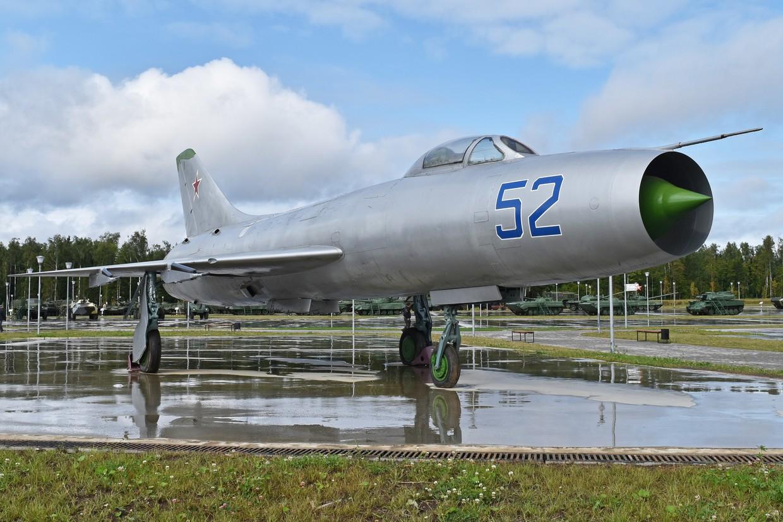 Su-9. © Wikipedia / Alan Wilson