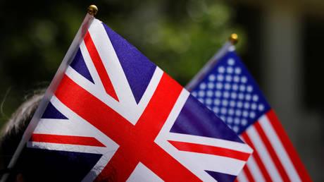 US cancels Brexit trade talks with UK amid ambassador scandal