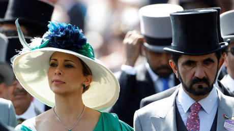 FILE PHOTO: Jordanian Princess Haya bint Al-Hussein and her husband, Dubai ruler Sheikh Mohammed bin Rashid al-Maktoum (R) © REUTERS/Luke MacGregor