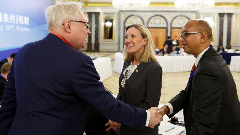 SUSRET U ŽENEVI: Rusija i SAD počele konsultacije o strateškoj stabilnosti!
