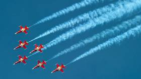 Stay neutral, Switzerland: Air Force aerobatic team performs flyover at wrong venue