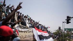 Revolution in Sudan and predicting the future (E288)