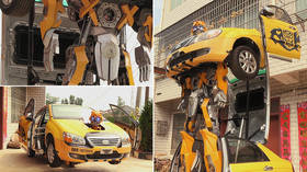 Chinese toy-maker creates LIFE-SIZE & MOVING transformer from broken car (VIDEO)