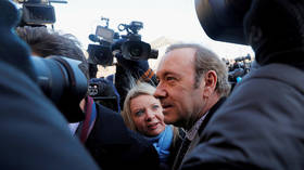 Prosecutors drop charges in Kevin Spacey sexual assault case
