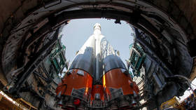 India to buy Russian rocket engines for its space program