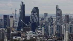 Police suspect 'homophobic motive' in London machete attack — RT UK News