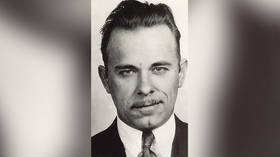 Conspiracy theorists watch out: Body of world-famous bank robber John Dillinger to be exhumed