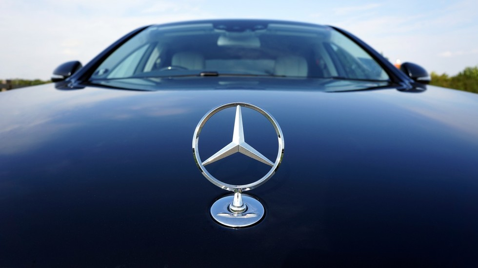 Mercedes caught 'spying on drivers with secret tracking devices'