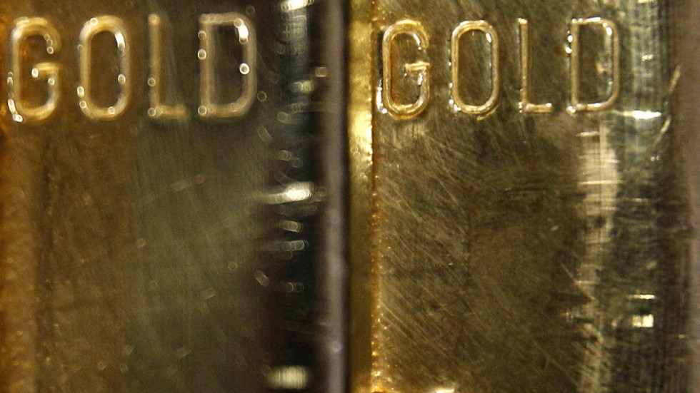 Going for gold: Russia boosts bullion stockpile by 9 tons in July