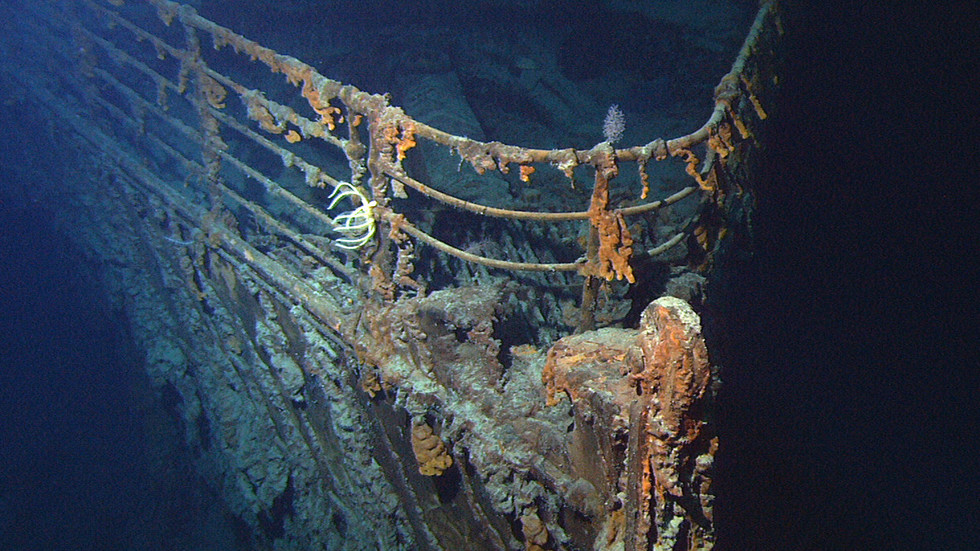 Metal-munching bacteria devouring Titanic's remains & turning wreck to dust