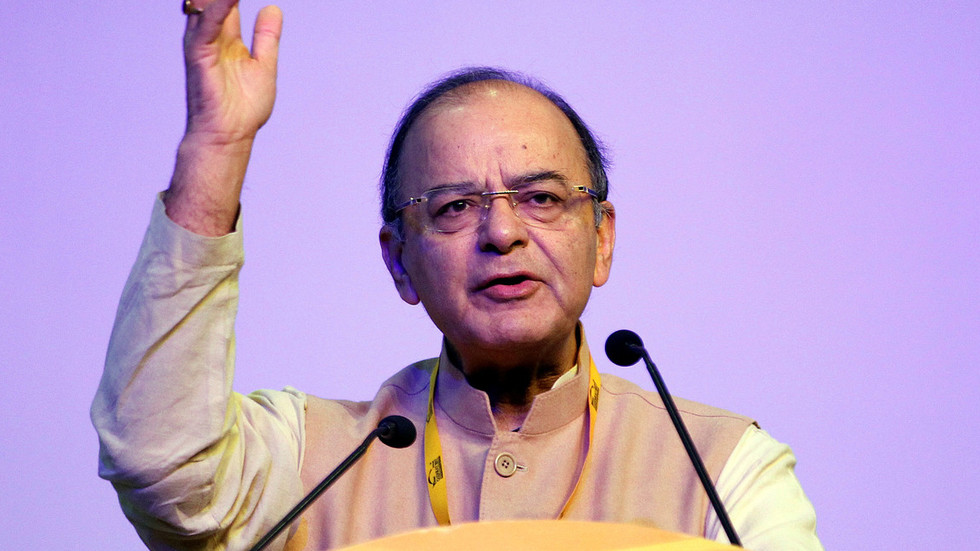 Modi & Bollywood mourn death of former Indian Foreign Minister Arun Jaitley