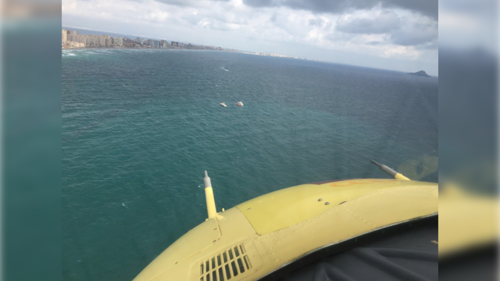 Pilot ejects seconds before disaster as Spanish military plane ploughs into the ocean (VIDEOS)