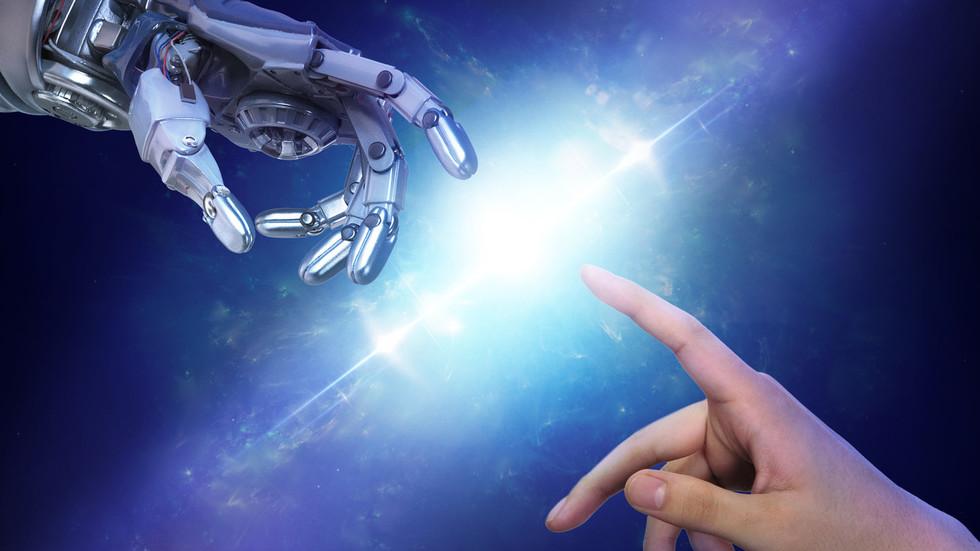 Humans or machines? Elon Musk & Jack Ma face off over future of AI