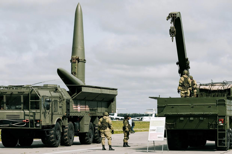 Um lançador de mísseis Iskander © RIA Novosti / Varvara Gertie