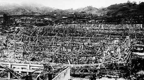 Devastated city of Nagasaki after an atomic bomb was dropped by a US Air Force B-29 on August 9, 1945. © AFP