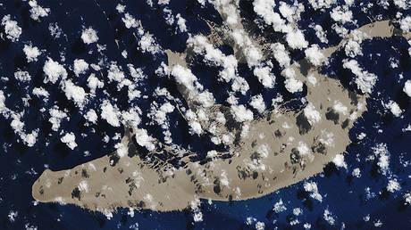 © NASA Earth Observatory images by Joshua Stevens