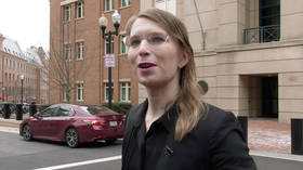 Chelsea Manning jailed for a YEAR for refusing to testify against Assange