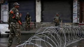US urges 'direct dialogue' between India and Pakistan over Kashmir row