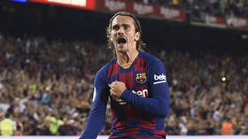 Glittering Griezmann nets double including stunning second as Barca beat Real Betis
