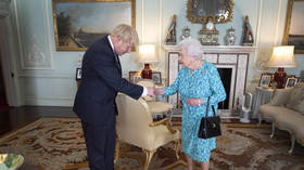 Boris' idea of democracy is to get hereditary monarch to bypass parliament!