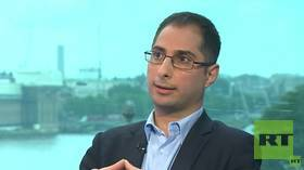 British government psyops with Mohamed Elmaazi