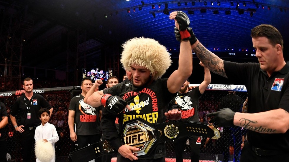 Nothing but respect: Khabib & Poirier don each other's T-shirts for charity after UFC 242 fight