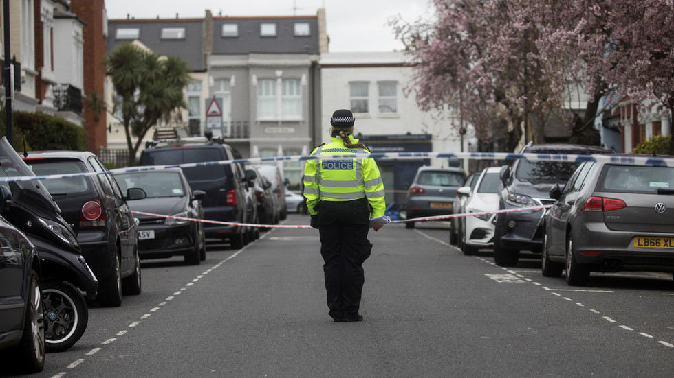 2nd fatal shooting in less than 12 hrs as London endures spate of gun & knife violence