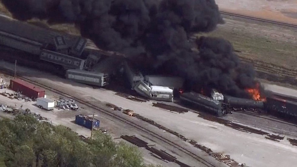 Massive blaze as train carrying flammable liquid derails in