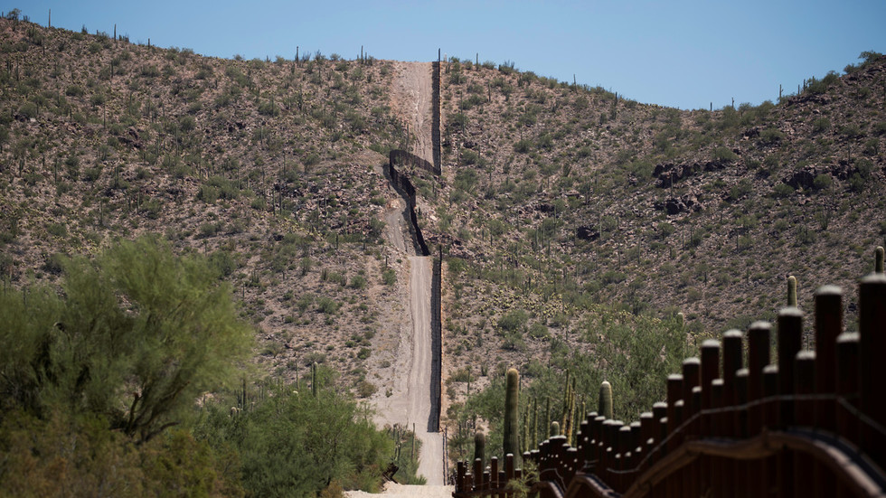 Storm US border, they can't stop all of us! With all the news focused on Area 51, ACTUAL break-in just happened in Arizona