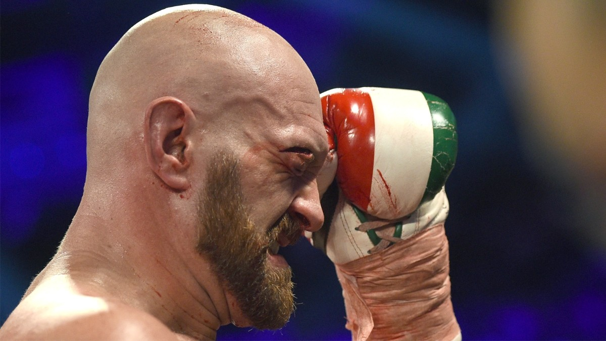 Father Urges Tyson Fury To Change Entire Training Team