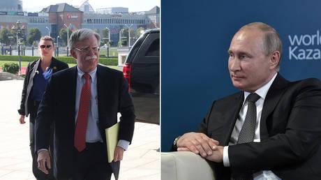 (L) US National Security Advisor John Bolton arrives in Minsk, Belarus, on August 29, 2019 © Reuters / BelTA / Nikolai Petrov; (R) Russian President Vladimir Putin © Sputnik / Aleksey Nikolsky