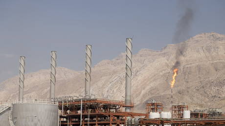 A general view shows a unit of South Pars Gas field in Asalouyeh Seaport, north of Persian Gulf, Iran. File photo.