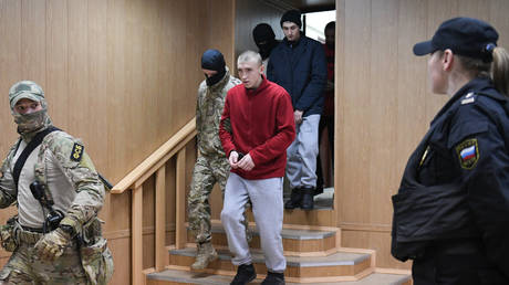 Putin says prisoner exchange with Kiev will be MASSIVE. Why does it matter & who may be swapped?