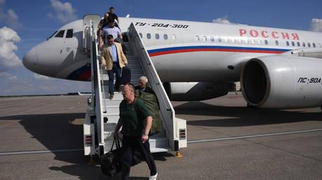 'Historical humanitarian action': Prisoner exchange between Russia and Ukraine completed