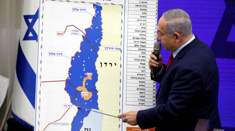 Benjamin Netanyahu spoke to media in Ramat Gan, near Tel Aviv on September 10, 2019.