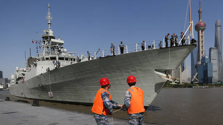 Canada sails warship through Taiwan Strait, 3 months after similar move