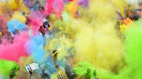 'Demonic holiday': Orthodox Church rallies against Holi-style festival in Russia's Urals