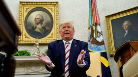 Recession incoming? Lee Camp tears apart Trump's boasts about volatile US economy