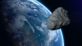 Eiffel Tower-sized asteroid to pass Earth today, would leave 3-mile crater if it hit — RT World News