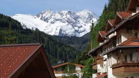 German tourist sued for hotel review about 'Nazi grandpa' portrait
