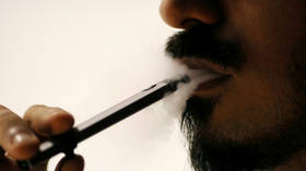 CDC raises alarm after mystery vaping-linked lung disease kills 5, sickens 450+ across US