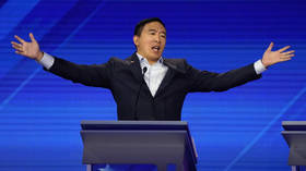 Buying votes? Yang announces he'll give 10 people $1,000 a month… but read the fine print first