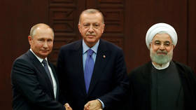Presidents Putin, Rouhani & Erdogan vow to defeat terrorism in Syria, denounce US presence (VIDEO)
