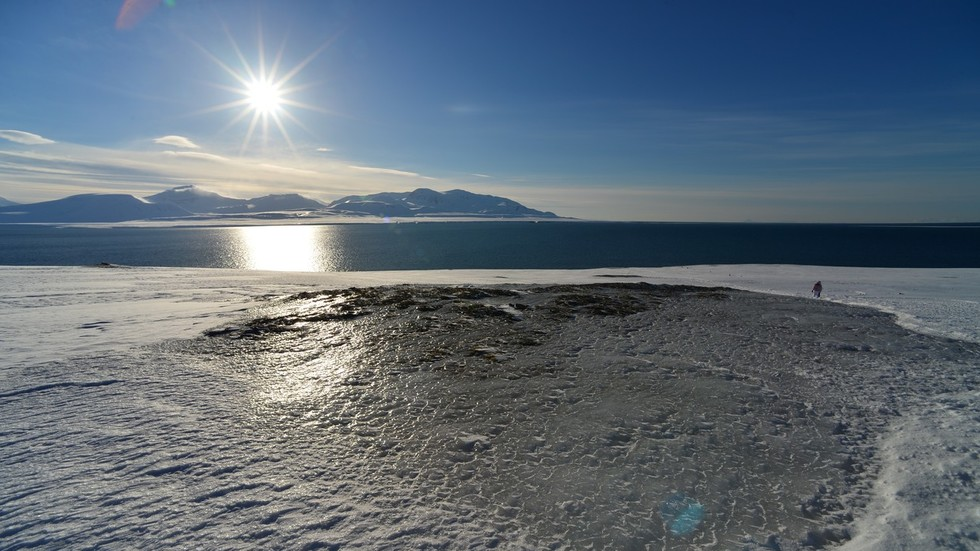 US wants Russia to stop being stingy & share its Arctic waters with the world