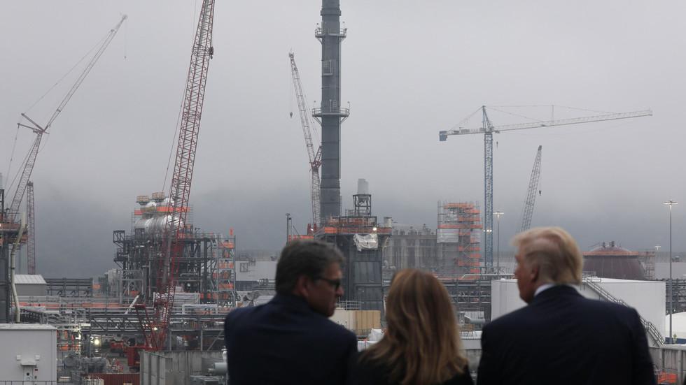 Energy secretary Rick 'Freedom Gas' Perry leaving Trump cabinet