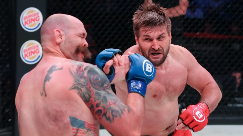 Immigration KO: Visa issues force Russian former heavyweight champion Vitaly Minakov OUT of Bellator 232