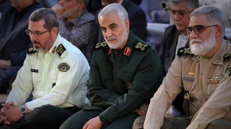 Soleimani (center) В© AFP / IRANIAN SUPREME LEADER039;S WEBSITE